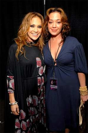 Jennifer Lopez ve Leah Remini.